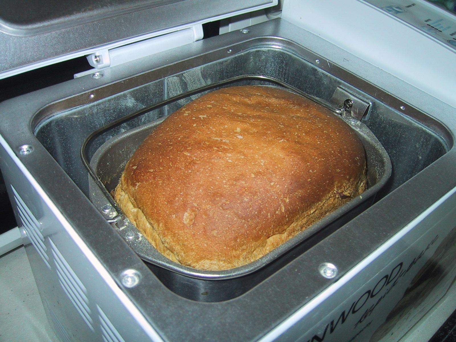 sütök kenyeret