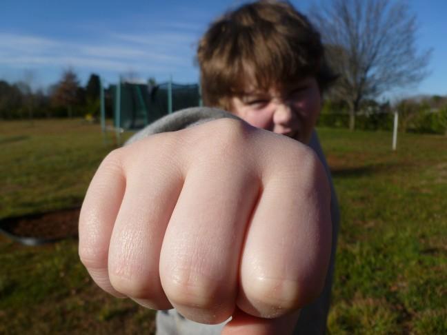 iskolai agresszió ellen