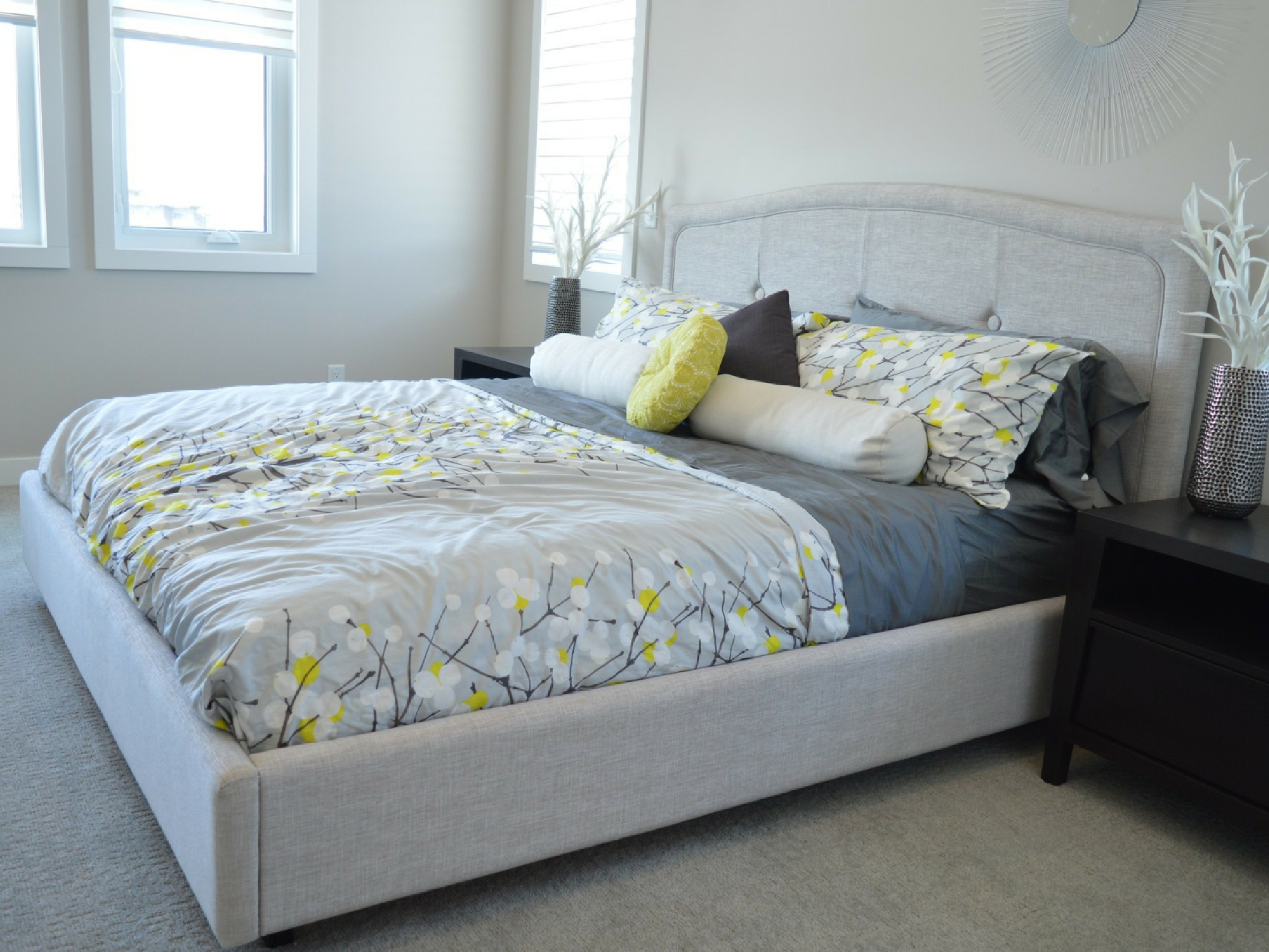 5 Amazing Ways To Decorate Your Guest Bedroom Mom With Five