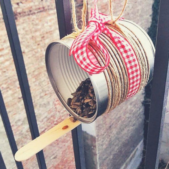 újrahasznosított madáretetők