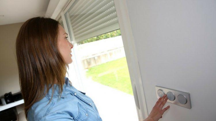 kid's room roller shutters