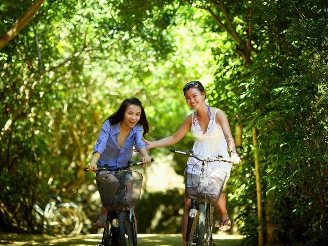 bicycling and motherhood