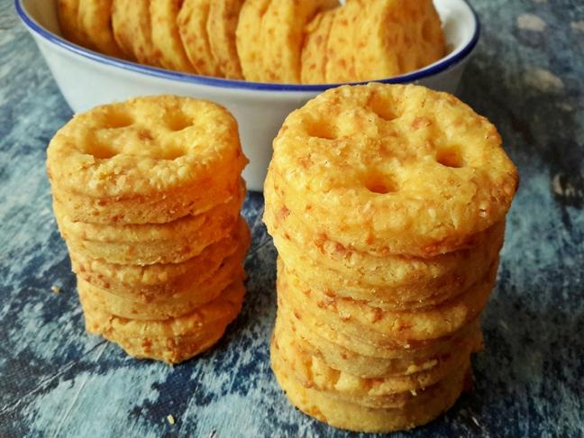 sajtos kréker