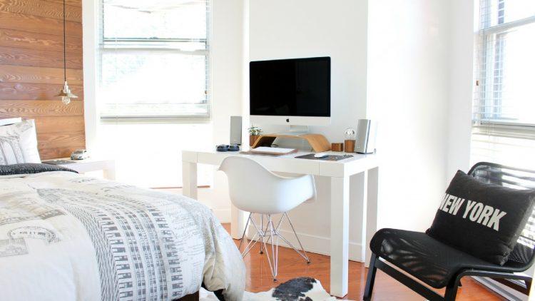 decorate guest bedroom