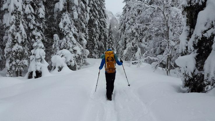 winter safe hiking